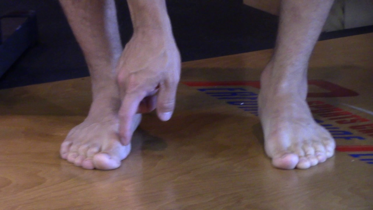 5 Foot Pain Causes All Runners Need To Know