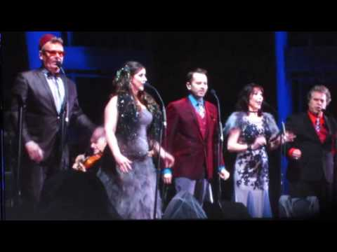 The Nightmare Before Christmas Hollywood Bowl-2016-This is Halloween - YouTube