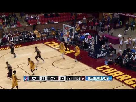 DeAndre Liggins posts 17 points & 13 rebounds vs. the Charge, 12/29/2015