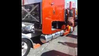 Semi truck Flexing with crazy subwoofer set up
