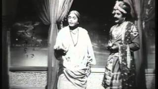 Video Avvaiyar Movie song-Nellukkiraitha neer-K.B.Sundarambal download MP3, 3GP, MP4, WEBM, AVI, FLV Oktober 2018