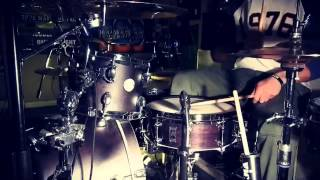 Kevin Rudolph and Lil Wayne - Let it rock (drum clips)