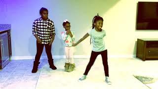 "K-pop Dance ""Nike"" by Trei"
