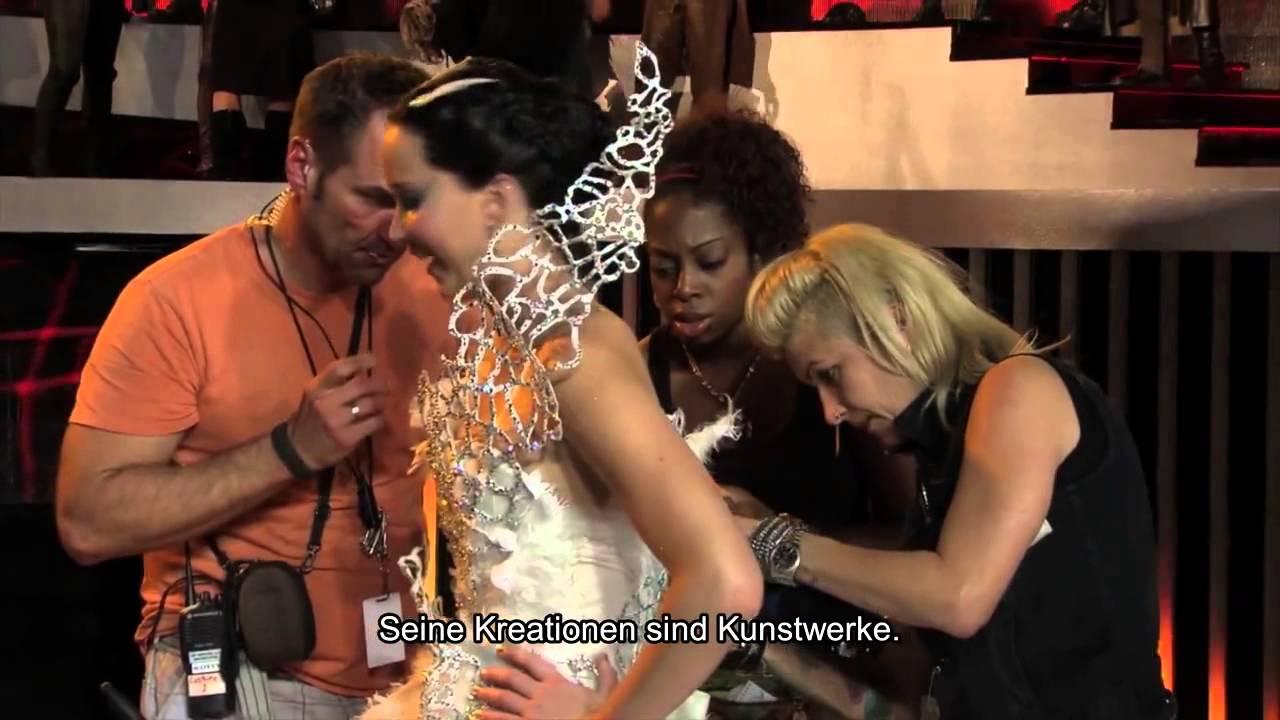 The hunger games catching fire katniss wedding dress designer - The Hunger Games Catching Fire Wedding Dress Of Katniss Everdeen