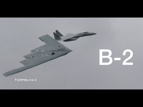 Surprise visit by B-2 Spirit Stealth Bomber at Royal International Air Tattoo airshow