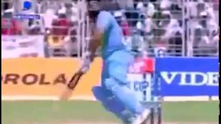 Video: M S Dhoni Helicopter SHOTS in CINEMA style.../10 11