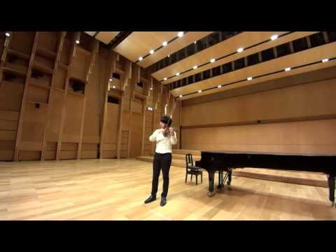 Seiji Okamoto - 岡本誠司 plays Bach: Largo from Sonata for violin solo No.3 BWV1005