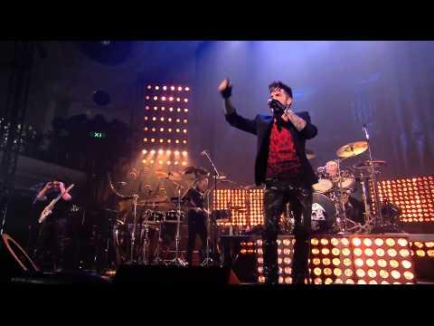 Queen + Adam Lambert - We Will Rock You - New Years Eve London 2014