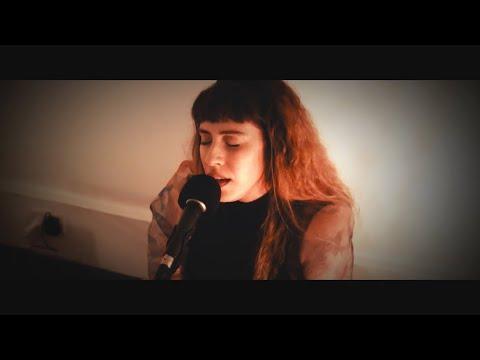 Katherine Aly - Misty Me Live