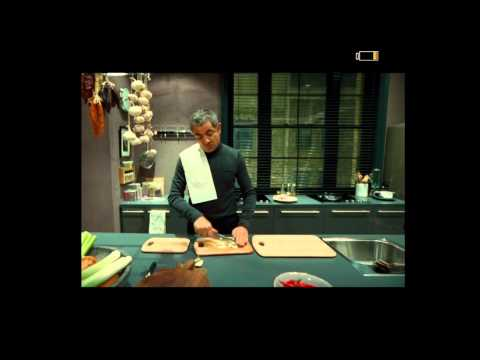 Johnny English Reborn - Johnny Cooks a special meal for Kate