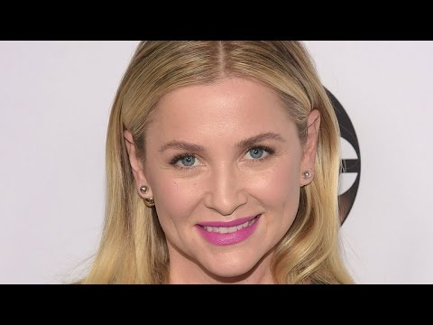 'Grey's Anatomy' Star Jessica Capshaw Gives Birth  See Her Baby Girl!