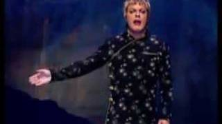 Eddie Izzard: On Mass Murderers