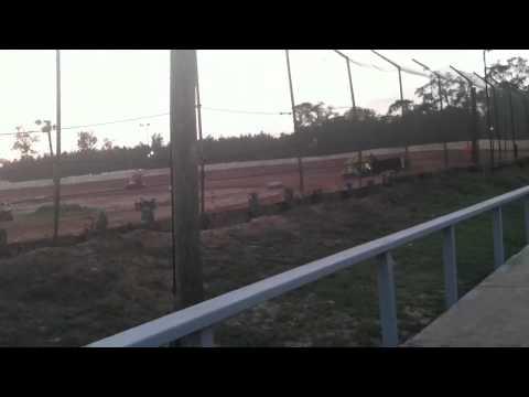 Hot laps 105 speedway