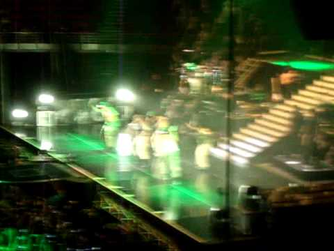 Chris Brown Entrance- FAME Tour Sydney 2011