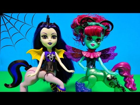 Monster High Fright-Mares Olympia Wingfield & Caprice Whimcanter Pony Girl Dolls Unboxing Toy Review