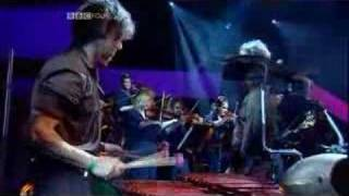 David Byrne - This Must Be The Place Live Jools Holland 2004