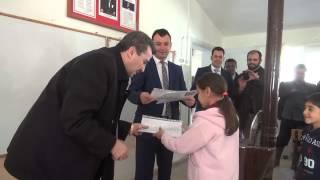2301 İncirliova Arpadere İlkokulu'nda öğretmensiz öğrencilere takdir ve teşekkür belgesi