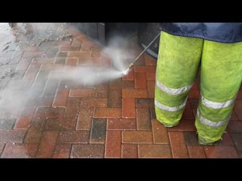 Jet washing and Chewing Gum Removal at a Fast Food Restaurant in Lincolnshire