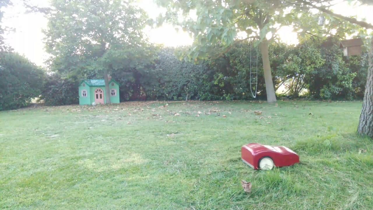 robot tondeuse diy dans l 39 herbe haute robot mower diy youtube. Black Bedroom Furniture Sets. Home Design Ideas