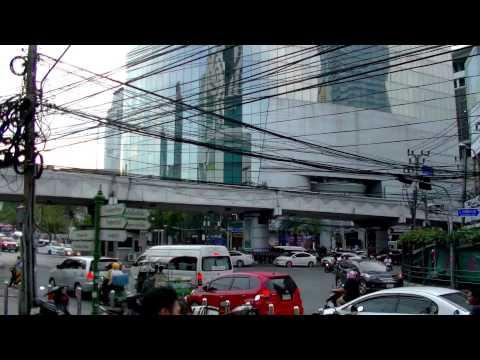 2017 曼谷自由行 - Pratunam機場捷運水門站Ratchaprarop步行往水門雞飯、李海泉、換錢Super Rich 、BTS Chitlom空鐵站、四面佛 ประตูน้ำ
