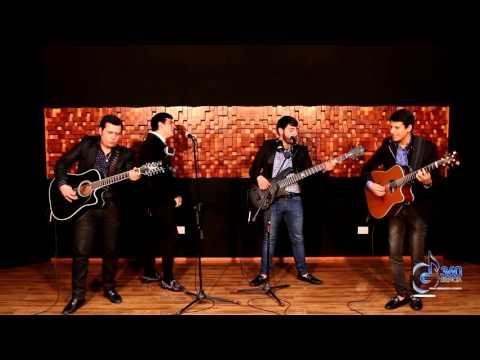 """Adriel Favela a dueto con Los Del Arroyo """"El Camello"""" en vivo"""