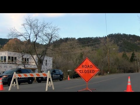 Sunshine fire evacuations in Boulder to be lifted Monday
