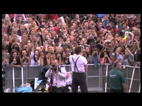 Will Young - Jealousy Live @ Sainsburys Super Saturday