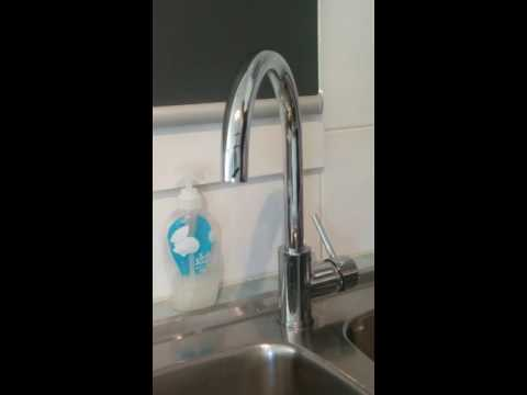 Ikonic kitchen sink mixer from Bunnings runs after being turned off ...