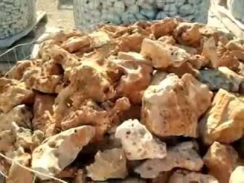 Sassi rocce ciottoli graniglia ciottoli fi fiume ciottoli for Rocce per giardino prezzi