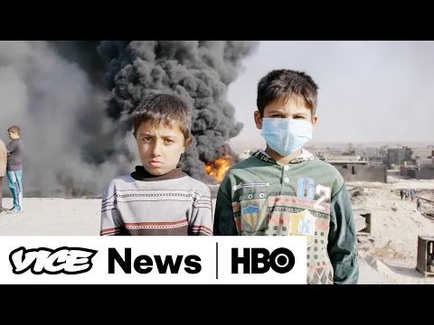 ISIS Sets Fire to Oil Wells in Qayyarah (HBO)