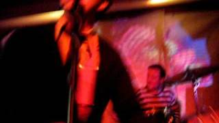 comet gain live at buffalo bar.AVI
