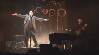 """Tom Waits - """"Ain't Going Down to the Well"""" (Live at Le Grand Rex, 2008)"""