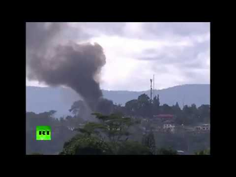 RAW: Philippine Air Force drop bombs on ISIS-linked militants in Marawi