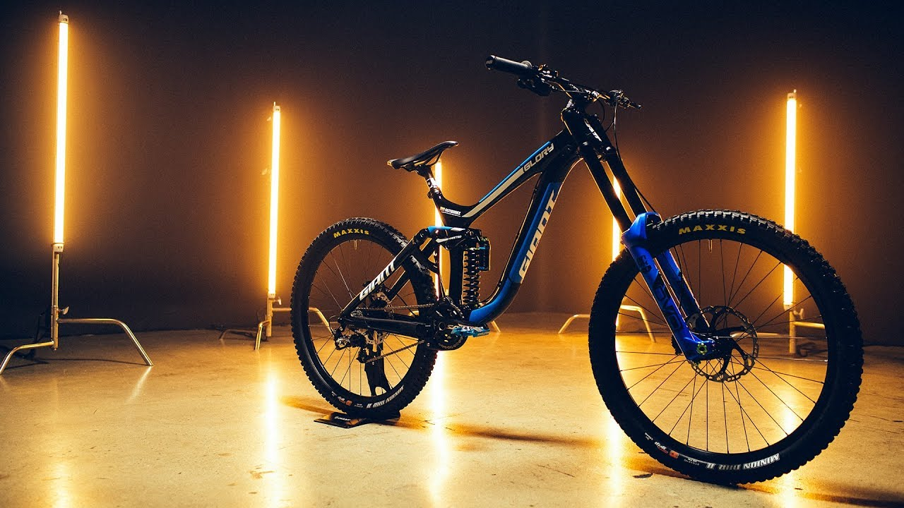 86ba9f9533d Bike Check: Glory Advanced | Giant Factory Off-Road Team - YouTube