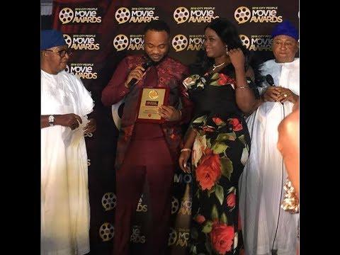 Actor Damola Olatunji & His wife Step Out In Style As Jide Kosoko &Oga Bello Present Him With Award