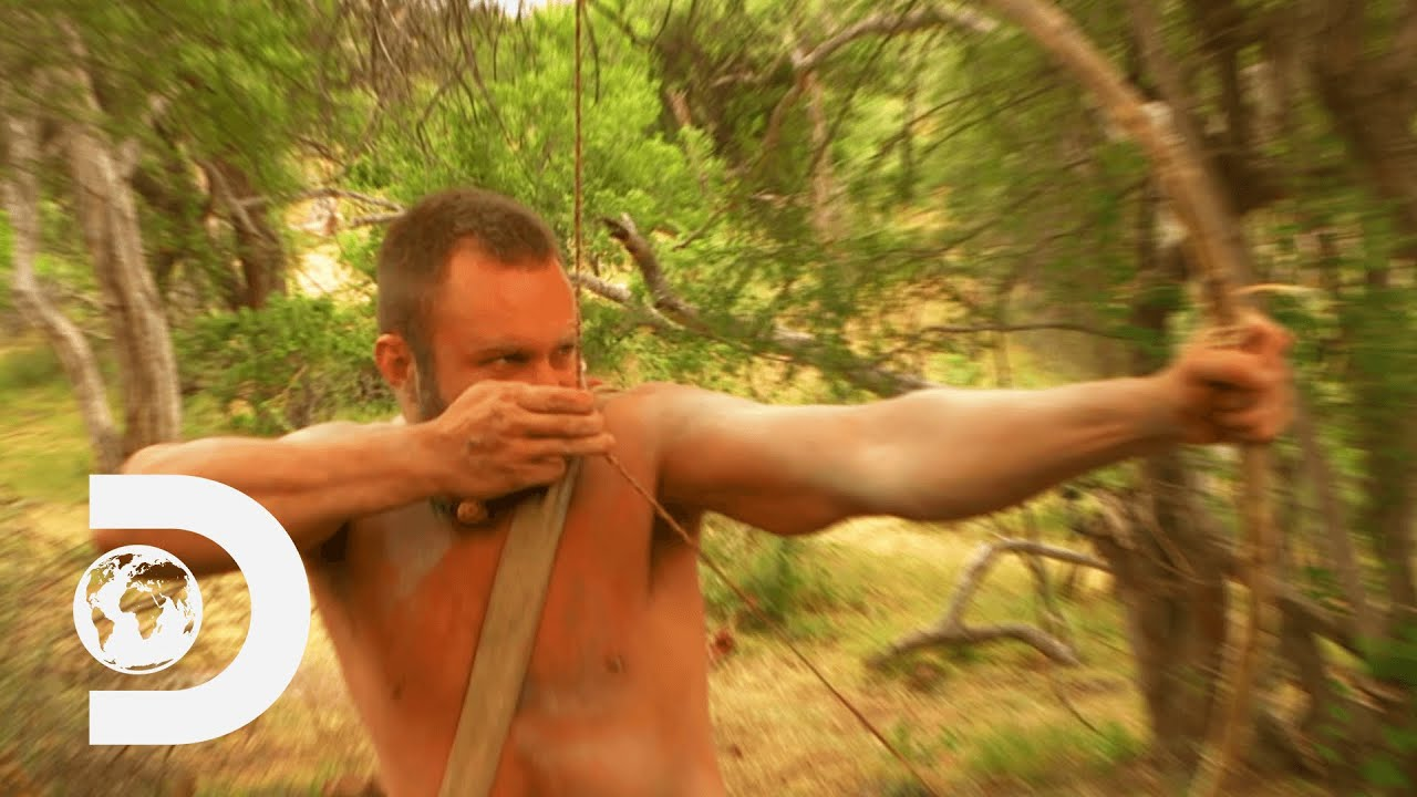 How to Build a Longbow in the Wild | Naked and Afraid