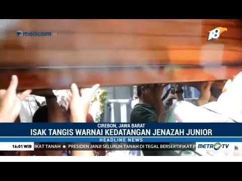 Isak Tangis Iringi Kedatangan Jenazah Junior di Rumah Duka Mp3