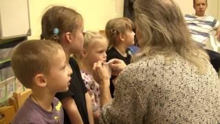 Уроки вокала для детей. Упражнение на дыхание. Травинка.