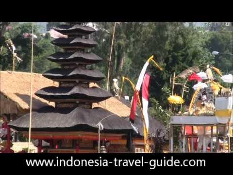 Kebudayaan Bali - Tarian Bali - Upacara Keagamaan Bali - Musik Bali