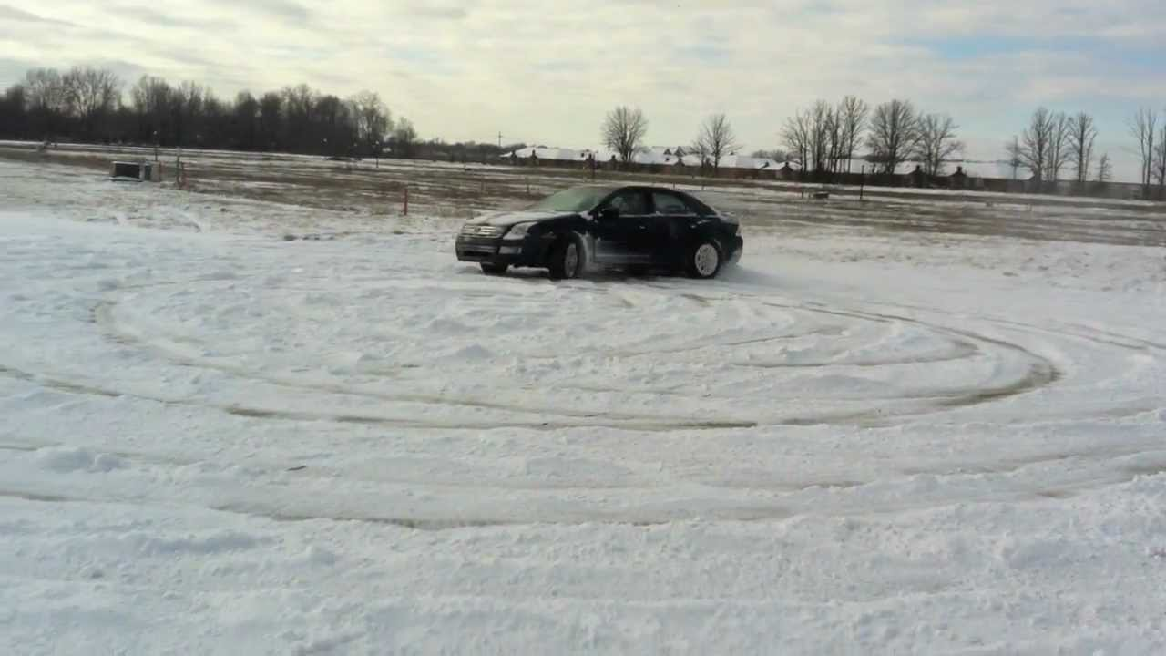 Ford Fusion Snow Drifting