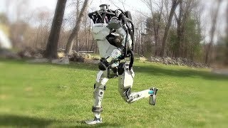 Walking Boston ROBOT Does What No Other Robot Has Done Before