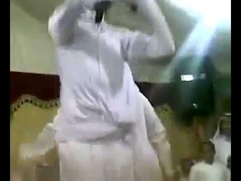 فضيحة في السعودية: رقص الرجال الخناث معلاية thumbnail