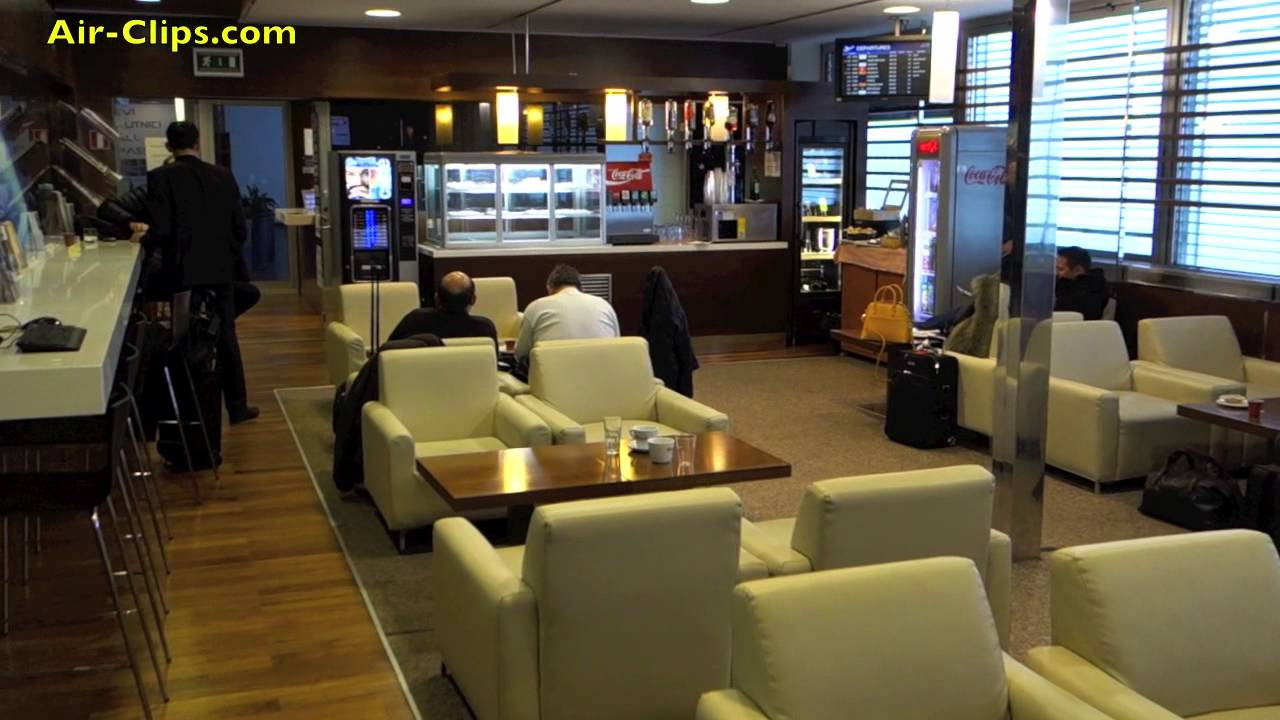 Croatia Airlines Business Class Lounge Zagreb Airport Airclips Youtube