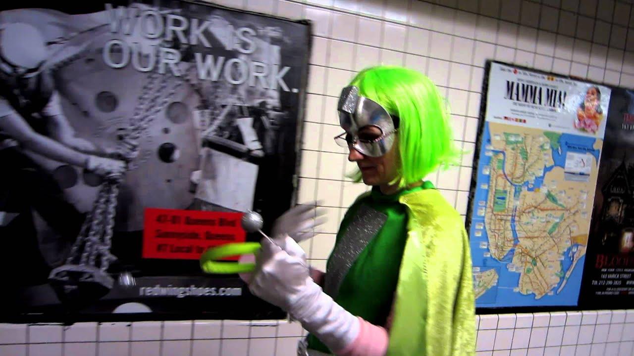 Super Martian Robot Girl - Comic Con 2011 & Super Martian Robot Girl - Comic Con 2011 - YouTube