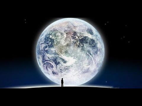 大吃一驚!月球不但是人造「還超過20萬人在那工作!」有字幕