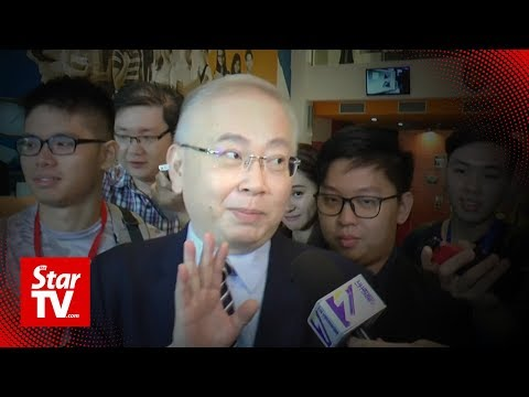 Wee Ka Siong keeps his word not to talk politics at varsity