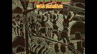 Play Herb Challis (Feat. Lloyd Brevett)