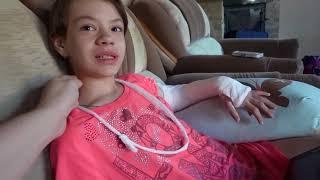 VLOG Как Даша руку сломала