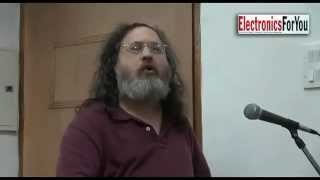 Richard M Stallman in India talking about Free Software