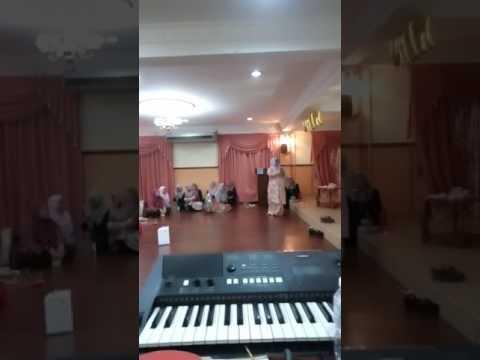 Sesi nyanyian bersama-sama KPUPKKM 2016/2017.
